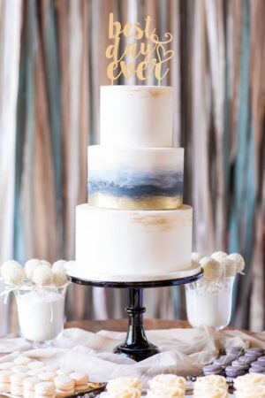 3 Tier brush gold & charcoal design. Photography: LaHu Studios
